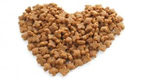 Pet food heart.